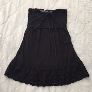 American Eagle strapless top.